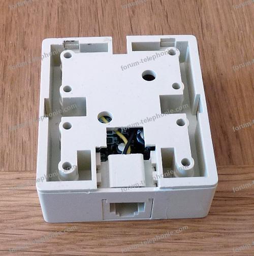 adaptateur telephone box 2
