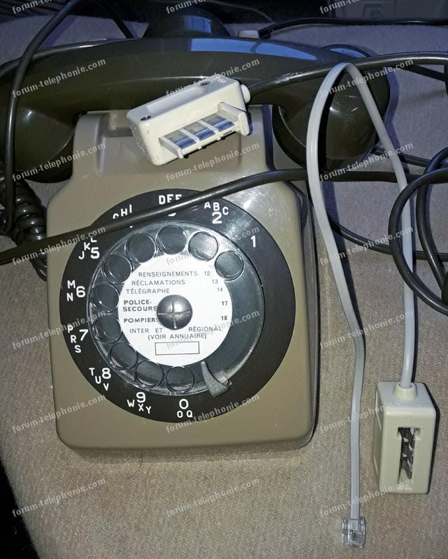 vieux téléphone français et raccord